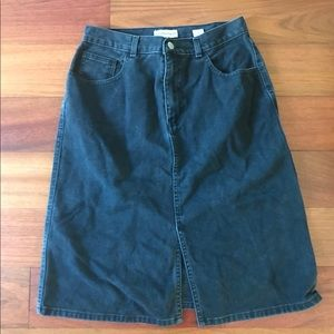 Jean vintage skirt.